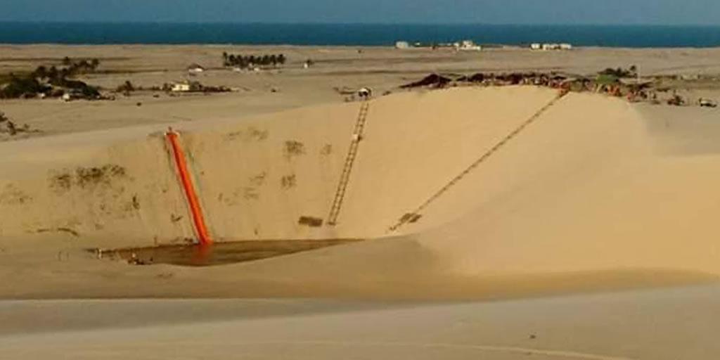 Tirolesa nas dunas de Canoa Quebrada